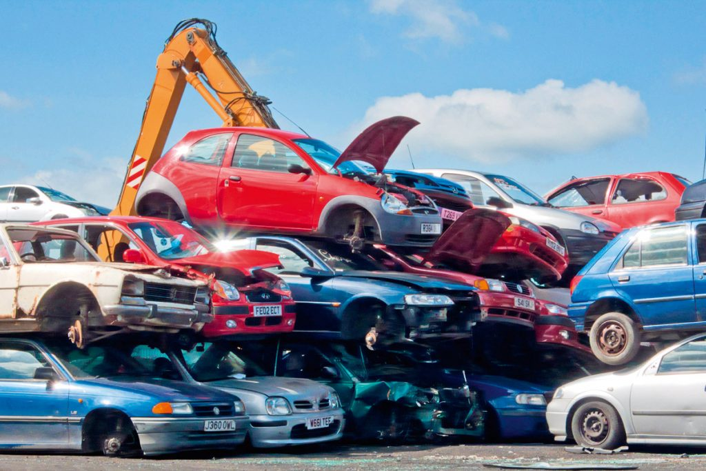 Jak legalnie złomować pojazd?