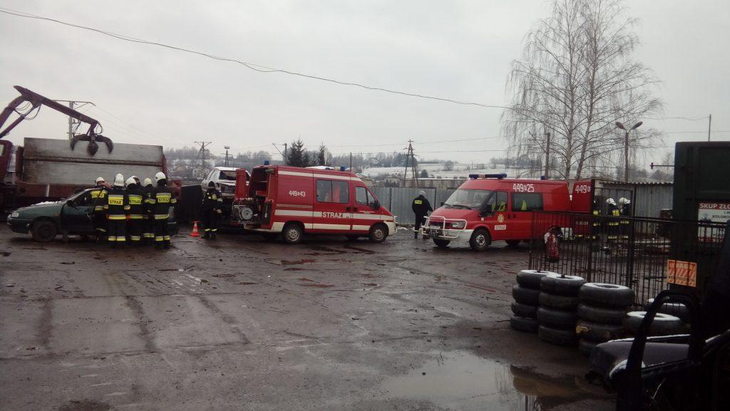 Współpraca z lokalnymi jednostkami Straży Pożarnej