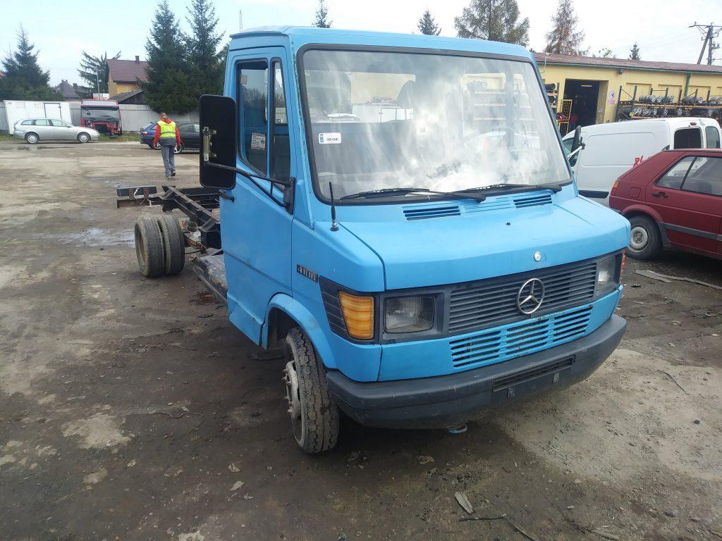 """Mercedes 410DA   """"Kaczka"""""""